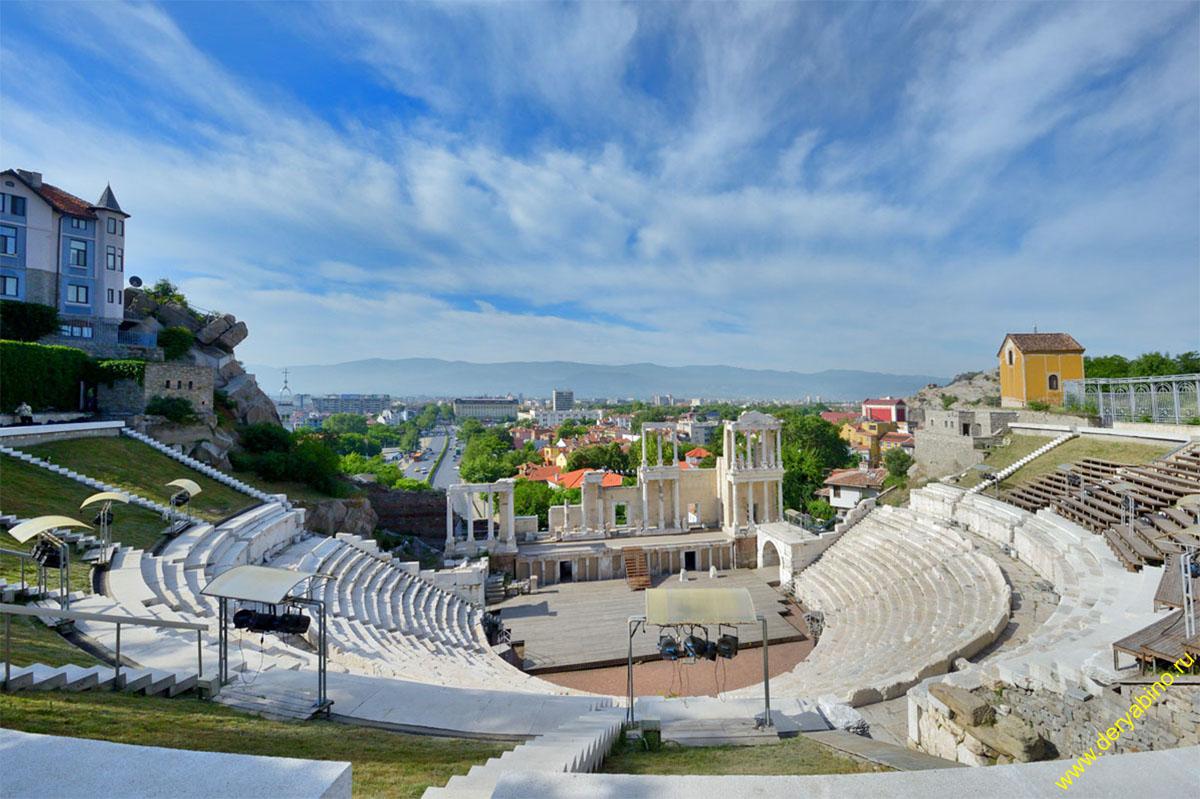 Снимка на град Пловдив и Костенец, в който танцовия клуб провежда тренитовки.Photo of  city